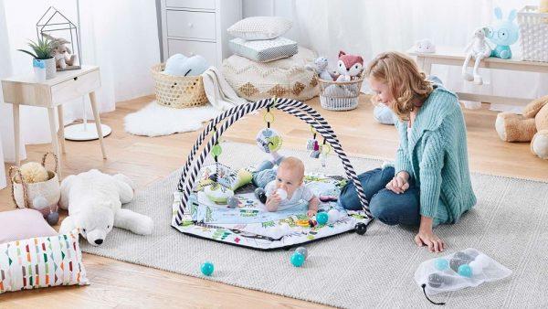Baby gym s igračkama Kinderkraft Smartplay