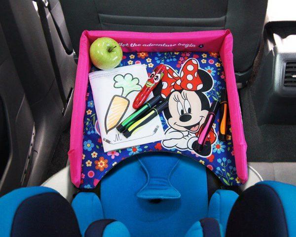 Putni stolić za auto